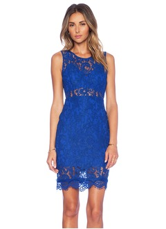 Sheath/Column Scoop Neck Knee-Length Lace Cocktail Dress  ...