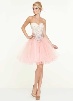 A-Line/Princess Strapless Sweetheart Knee-Length Tulle Prom Dress With Beading