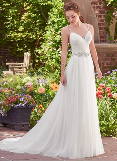 A-Line/Princess Sweetheart Chapel Train Tulle Wedding Dress With Beading
