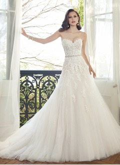 A-Line/Princess Strapless Sweetheart Chapel Train Tulle Lace  ...