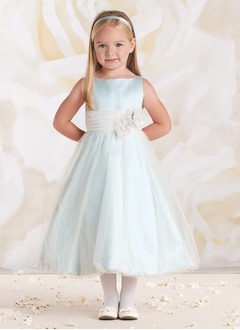 A-Line/Princess Scoop Neck Tea-Length Satin Flower Girl Dress With Ruffle Lace Flower(s)