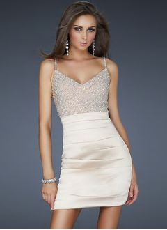Sheath/Column Sweetheart Short/Mini Satin Homecoming Dress With Beading