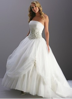 Ball-Gown Strapless Sweep Train Organza Wedding Dress With Beading Appliques Lace