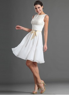 A-Line/Princess Scoop Neck Knee-Length Chiffon Lace Cocktail Dress With Sash Beading Bow(s)