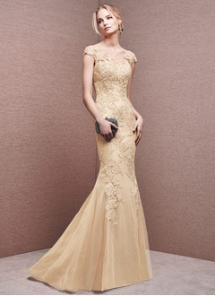 Trumpet/Mermaid Scoop Neck Sweep Train Tulle Evening Dress With Appliques Lace