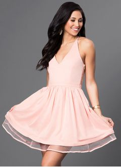 A-Line/Princess Halter Short/Mini Chiffon Lace Homecoming Dress With Ruffle