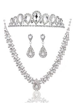 Gorgeous Alloy/Rhinestones With Rhinestone Ladies' Jewelry Sets/Earrings/Necklaces/Hair Jewelry