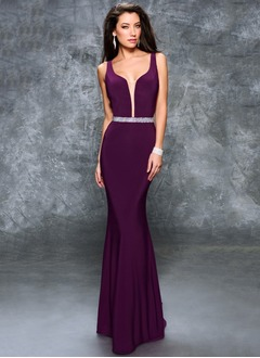 Trumpet/Mermaid V-neck Sweep Train Jersey Prom Dress With Beading