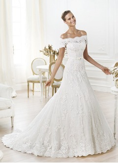 A-Line/Princess Off-the-Shoulder Chapel Train Lace Wedding Dress With Beading Appliques Lace