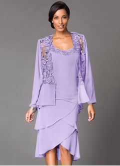 Sheath/Column Square Neckline Asymmetrical Chiffon Cocktail Dress With Appliques Lace Cascading Ruffles