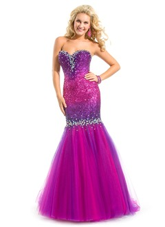 Trumpet/Mermaid Strapless Sweetheart Sweep Train Tulle Sequined Prom Dress With Beading