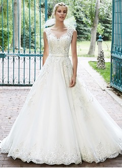 Ball-Gown Scoop Neck Chapel Train Tulle Lace Wedding Dress With Beading
