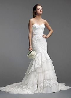 Trumpet/Mermaid Strapless Sweetheart Chapel Train Tulle Lace Wedding Dress