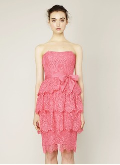 Sheath/Column Strapless Knee-Length Lace Homecoming Dress With Sash