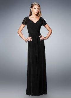 A-Line/Princess V-neck Floor-Length Chiffon Evening Dress With Lace Beading Pleated
