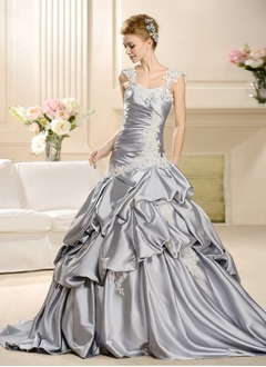 Ball-Gown Sweetheart Chapel Train Charmeuse Wedding Dress With Ruffle Appliques Lace