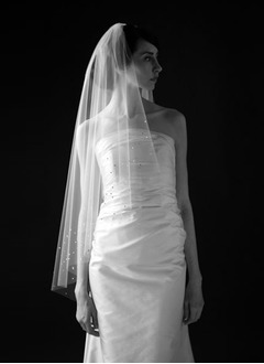 Two-tier Fingertip Bridal Veils With Cut Edge (00605003637)