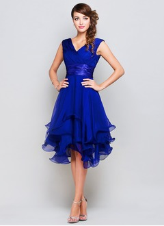 A-Line/Princess V-neck Knee-Length Chiffon Charmeuse Evening Dress With Ruffle (0175060146)
