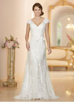 Sheath/Column V-neck Sweep Train Tulle Lace Wedding Dress With Sash