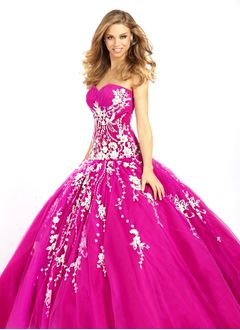 Ball-Gown Strapless Sweetheart Floor-Length Tulle Prom Dress With Ruffle Appliques Lace