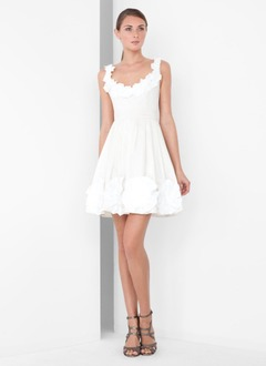 A-Line/Princess Scoop Neck Short/Mini Taffeta Cocktail Dress With Bow(s)