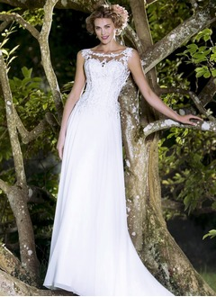 Sheath/Column Scoop Neck Court Train Chiffon Wedding Dress With Appliques Lace