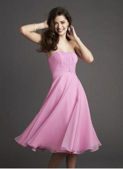 A-Line/Princess Strapless Sweetheart Knee-Length Chiffon Evening Dress With Ruffle Beading