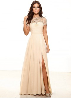 A-Line/Princess Scoop Neck Sweep Train Chiffon Mother of the Bride Dress With Ruffle Lace Appliques Lace Split Front