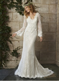 Trumpet/Mermaid V-neck Court Train Lace Wedding Dress With Beading Flower(s)