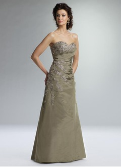 A-Line/Princess Sweetheart Floor-Length Satin Mother of the Bride Dress With Embroidered Lace Beading