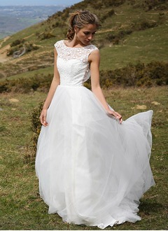 A-Line/Princess Scoop Neck Sweep Train Tulle Wedding Dress With Lace Appliques Lace