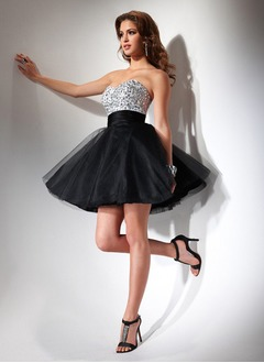 A-Line/Princess Strapless Sweetheart Short/Mini Satin Tulle Cocktail Dress With Ruffle Beading