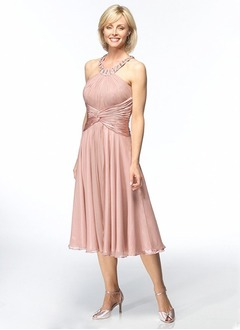 A-Line/Princess Scoop Neck Tea-Length Chiffon Cocktail Dress With Ruffle Beading