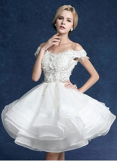 A-Line/Princess Off-the-Shoulder Short/Mini Organza Tulle Wedding Dress With Appliques Lace