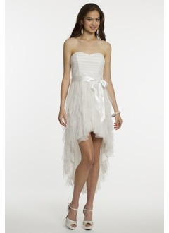A-Line/Princess Strapless Sweetheart Asymmetrical Chiffon Prom Dress With Ruffle Sash