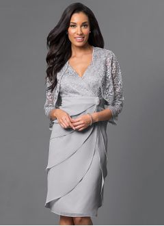 Sheath/Column V-neck Knee-Length Chiffon Lace Cocktail Dress With Beading Appliques Lace Crystal Brooch Cascading Ruffles