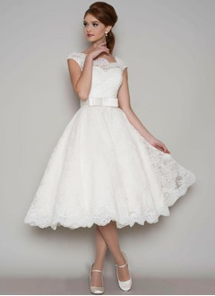 A-Line/Princess Square Neckline Tea-Length Lace Wedding Dress With Bow(s)