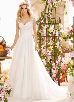 A-Line/Princess Sweetheart Court Train Tulle Wedding Dress With Appliques Lace