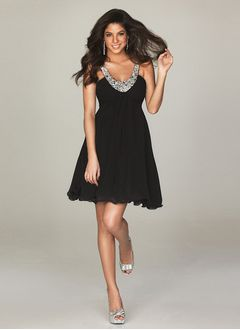 A-Line/Princess V-neck Short/Mini Chiffon Cocktail Dress With Beading