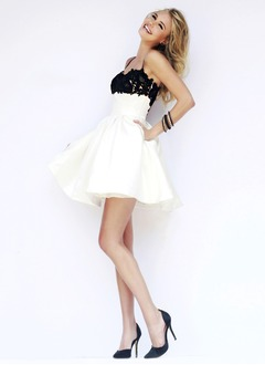 A-Line/Princess Sweetheart Short/Mini Satin Prom Dress With Lace