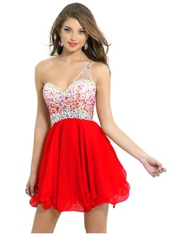 A-linje Sweetheart One-Shoulder Kort/Mini Chiffon Homecoming Kjole med Perler