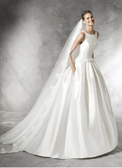 Ball-Gown Scoop Neck Chapel Train Satin Wedding Dress With Bow(s)