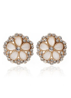 Beautiful Alloy With Rhinestone Ladies' Earrings (01105010818)