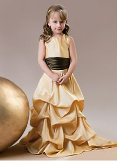 A-Line/Princess Scoop Neck Sweep Train Taffeta Flower Girl Dress With Sash