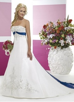 A-Line/Princess Strapless Chapel Train Satin Wedding Dress  ...