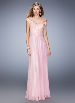 A-Line/Princess V-neck Off-the-Shoulder Floor-Length Chiffon Lace Prom Dress With Lace