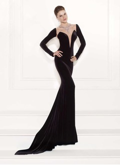 Trumpet/Mermaid V-neck Court Train Tulle Velvet Evening Dress With Beading