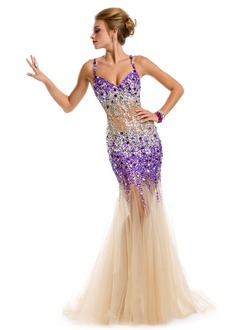 Trumpet/Mermaid V-neck Sweep Train Tulle Prom Dress With Beading