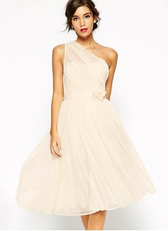 A-Line/Princess One-Shoulder Knee-Length Chiffon Cocktail Dress With Ruffle Flower(s)