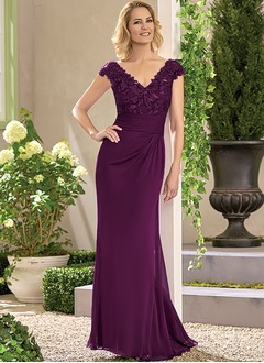 A-Line/Princess V-neck Sweep Train Chiffon Mother of the Bride Dress With Appliques Lace
